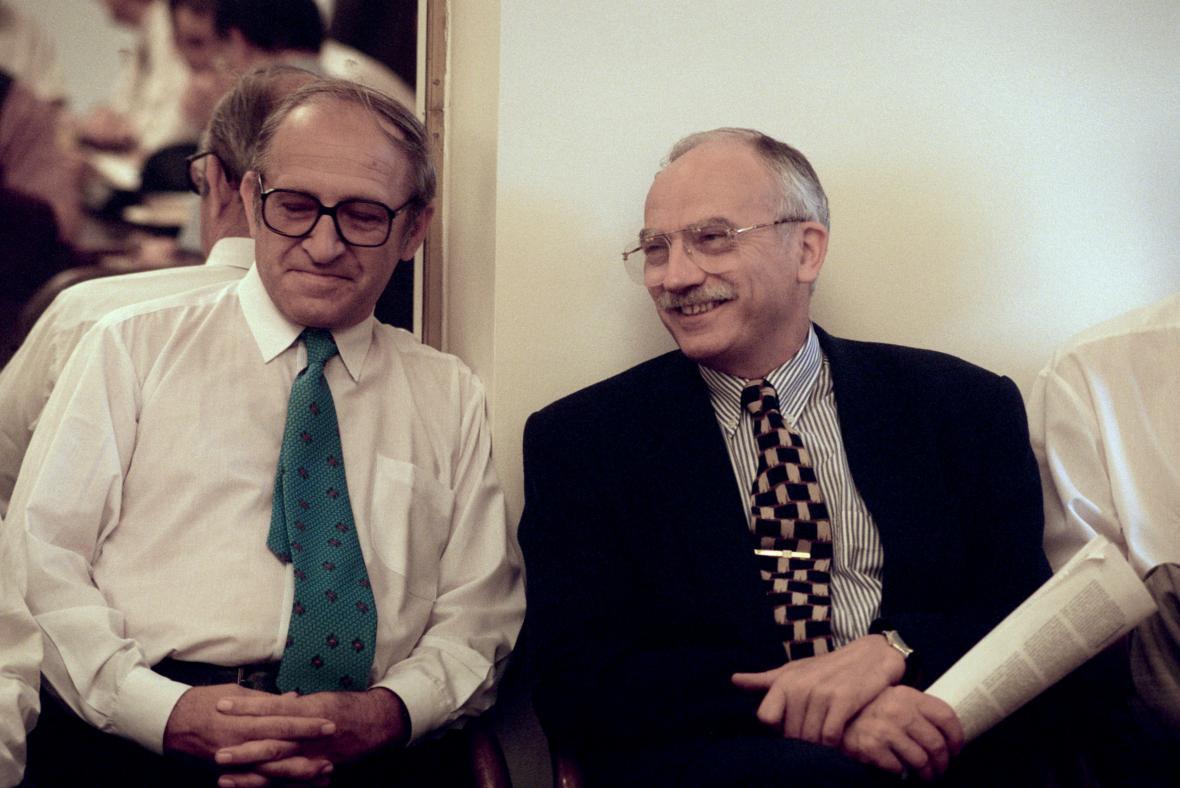 Jan Stráský s Karlem Dybou na ustavující schůzi nového klubu ODS (1996)