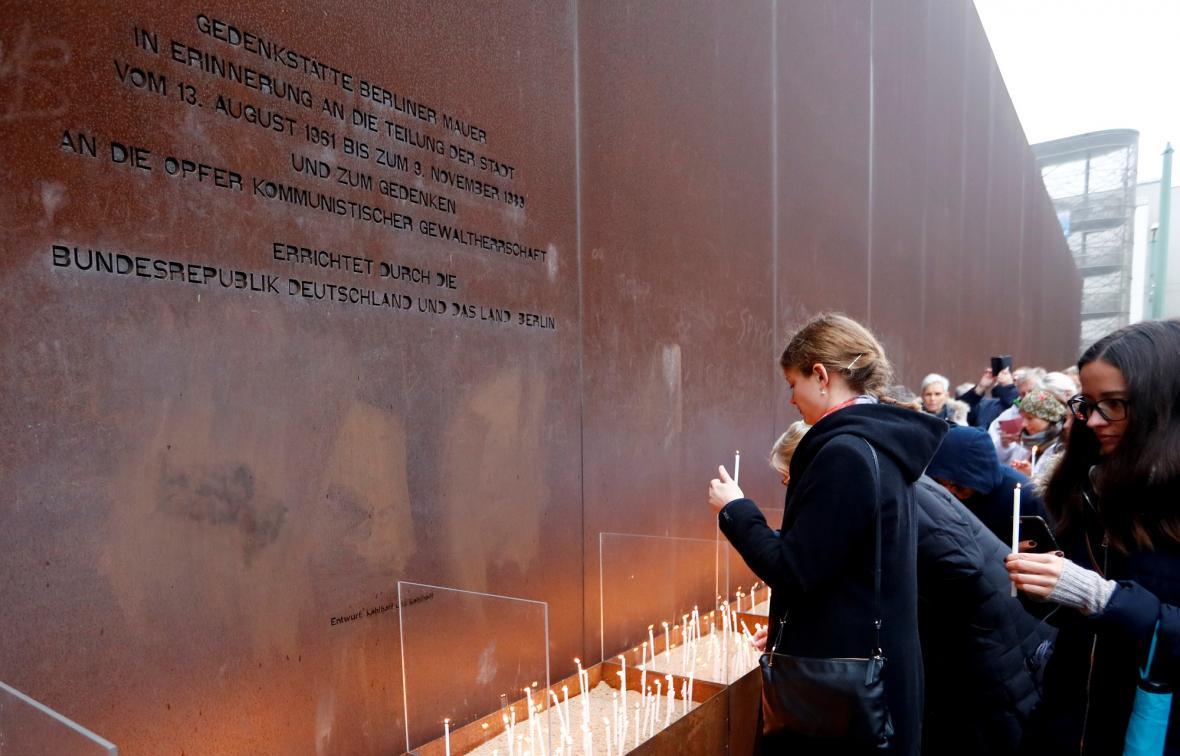 Německo si připomíná 30 let od pádu Berlínské zdi