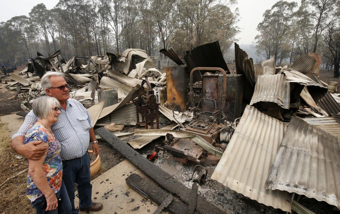 Požáry ničí lidská obydlí