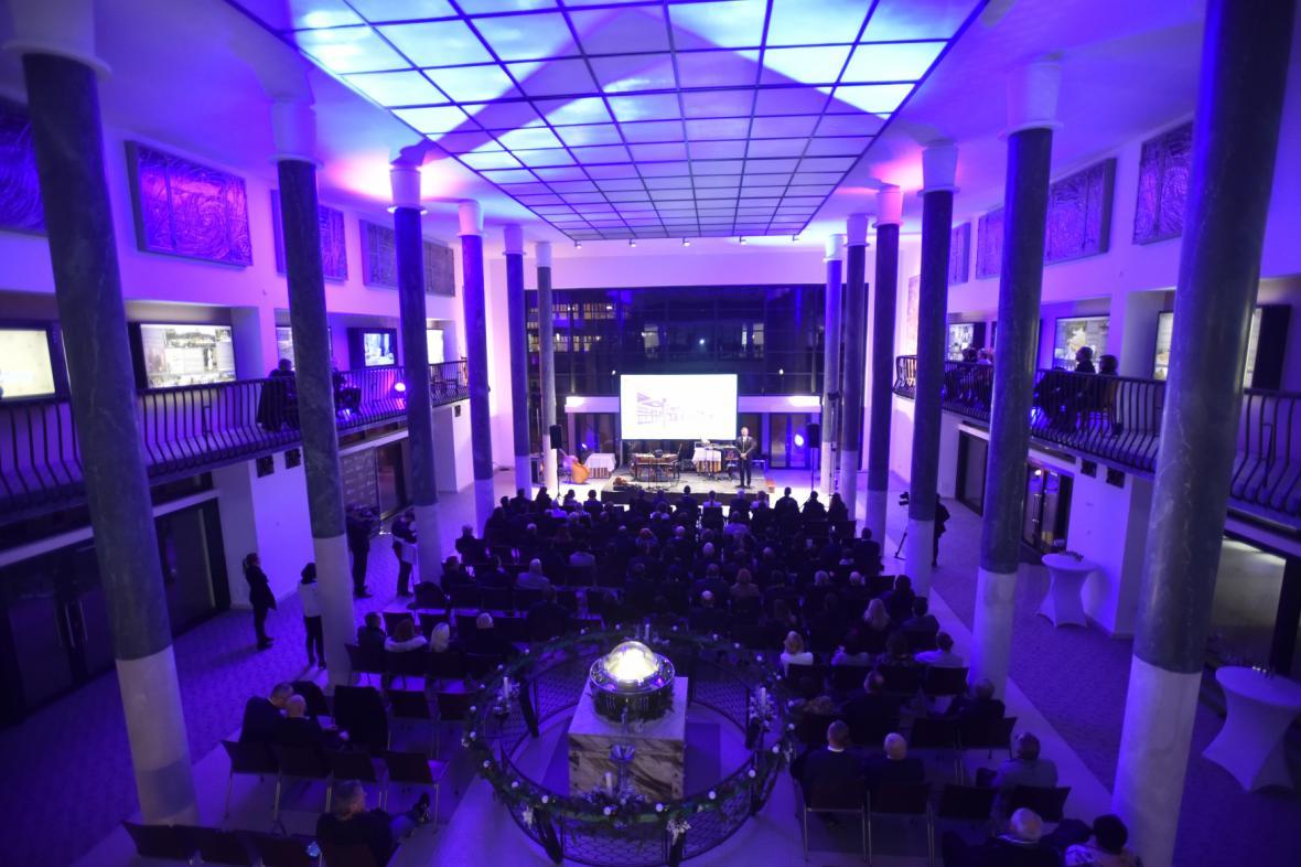 V Luhačovicích slavnostně otevřeli zrekonstruovanou lázeňskou kolonádu