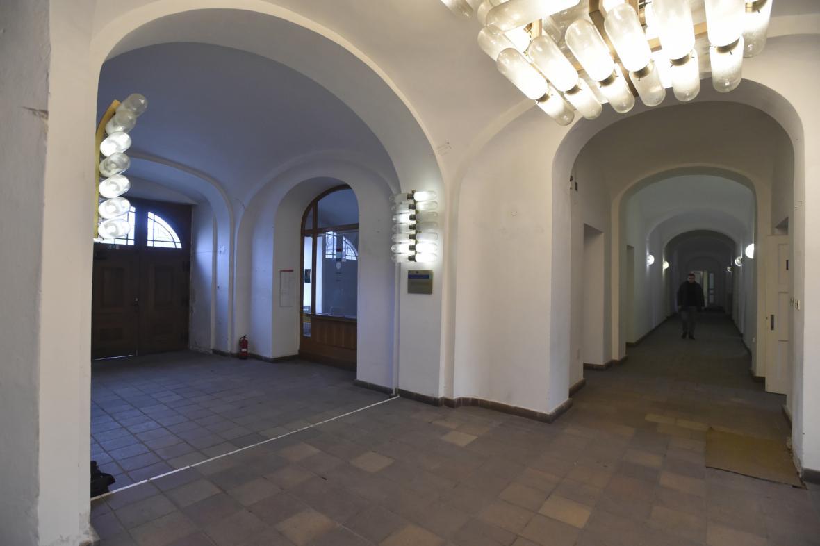 Rekonstrukce zámku Kinských začala ve Valašském Meziříčí