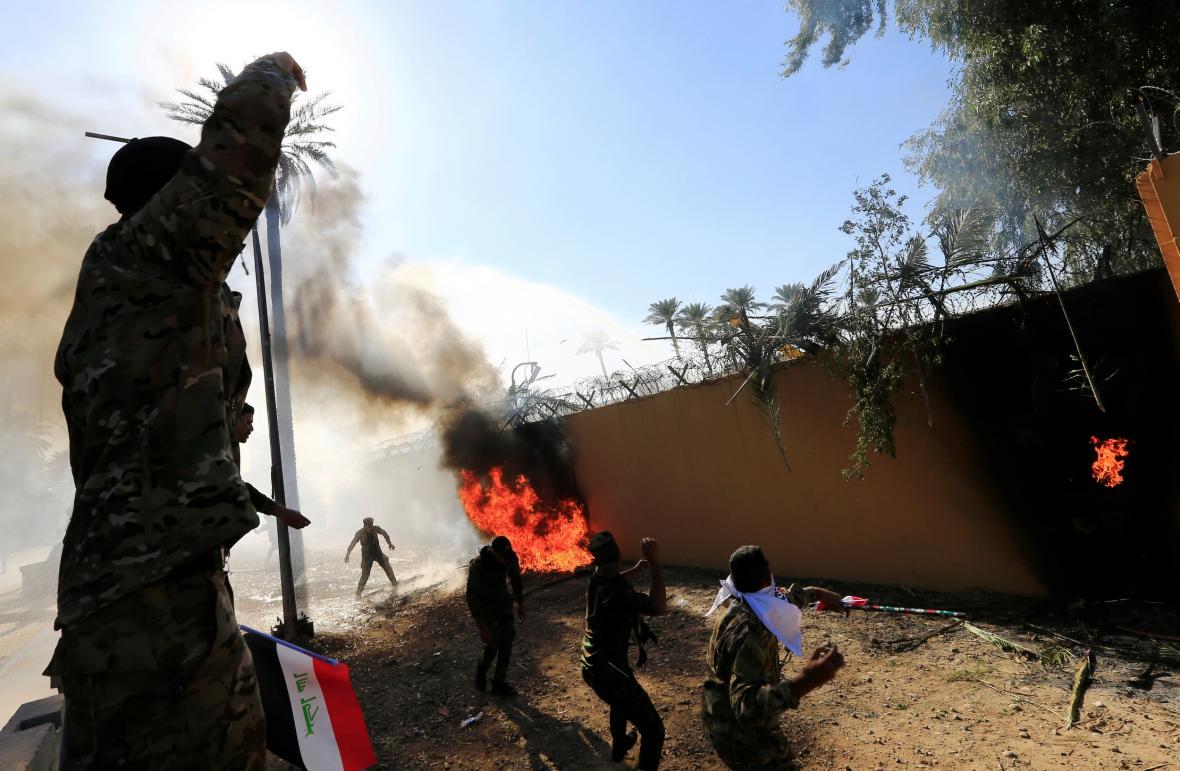 Střety u americké ambasády v Bagdádu