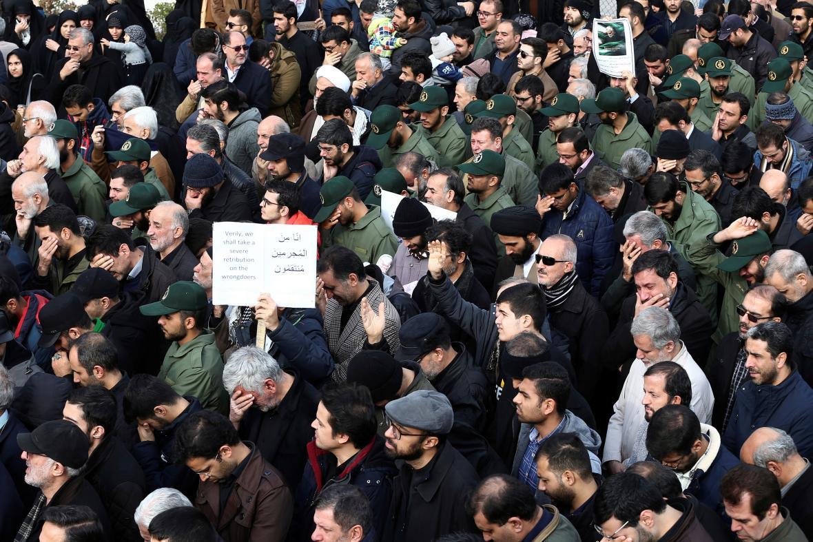 Davy protestujících proti zabití Solejmáního