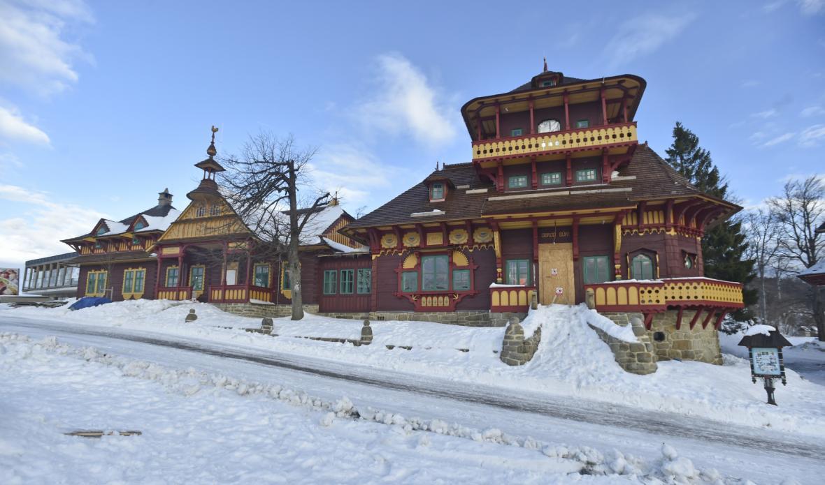 Obnova chaty Libušín se blíží ke konci