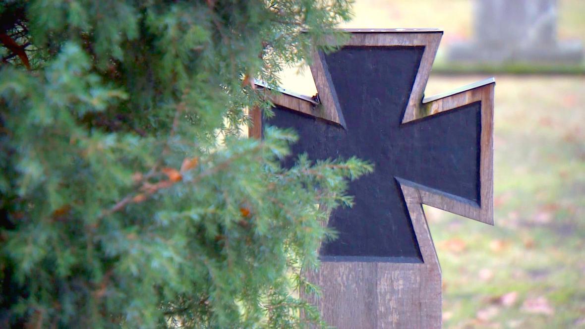Berlínský Hřbitov invalidů (Invalidenfriedhof)