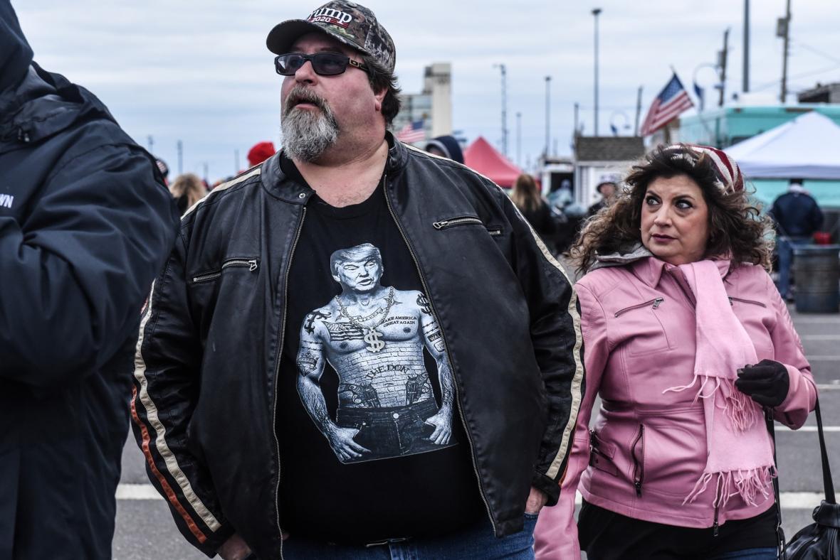 Příznivci a odpůrci Donalda Trumpa se sešli v americkém Wildwoodu