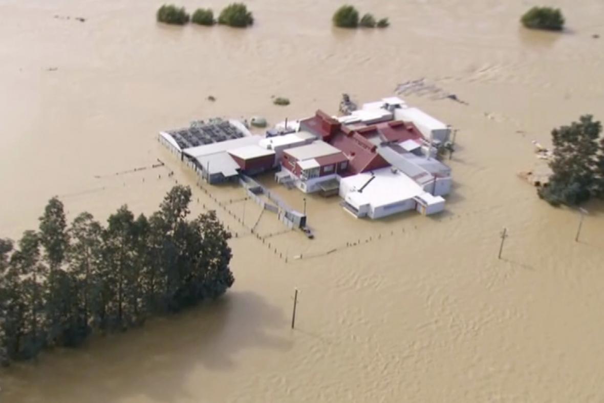 Novozélandský Jižní ostrov se potýká s velkou vodou