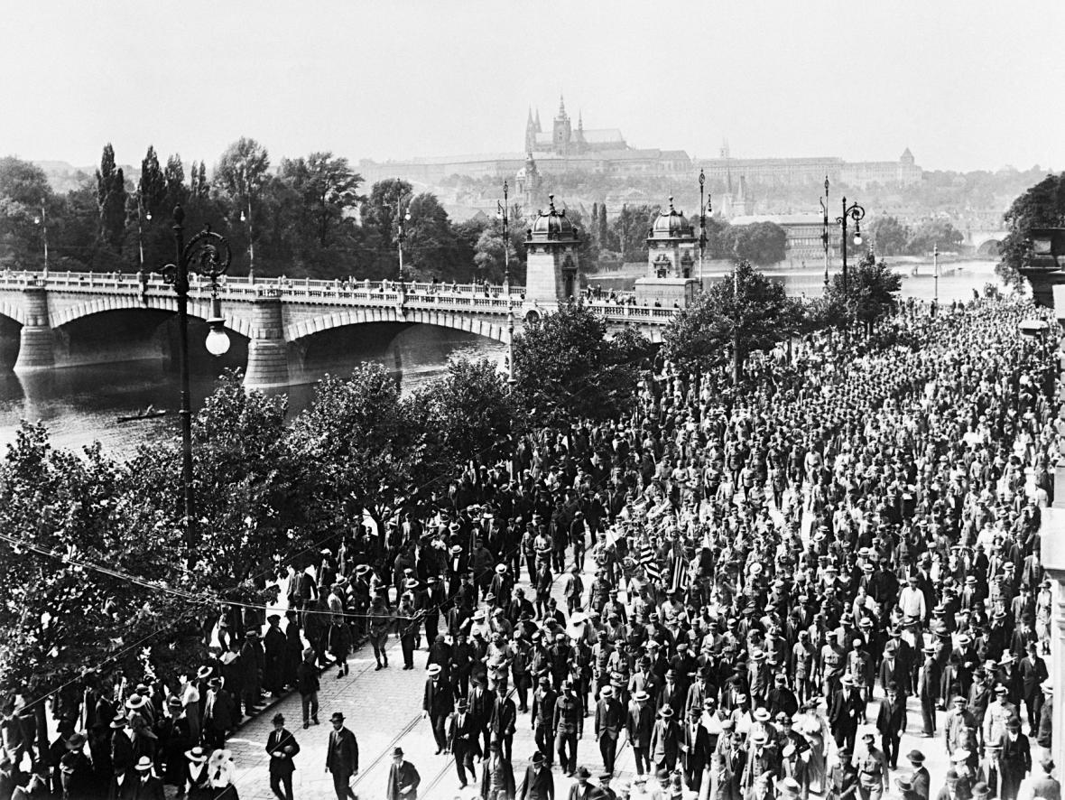 Návrat legionářů do Prahy