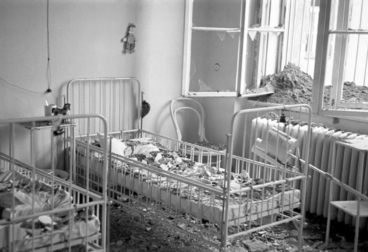 Následky bombardování Prahy v únoru 1945