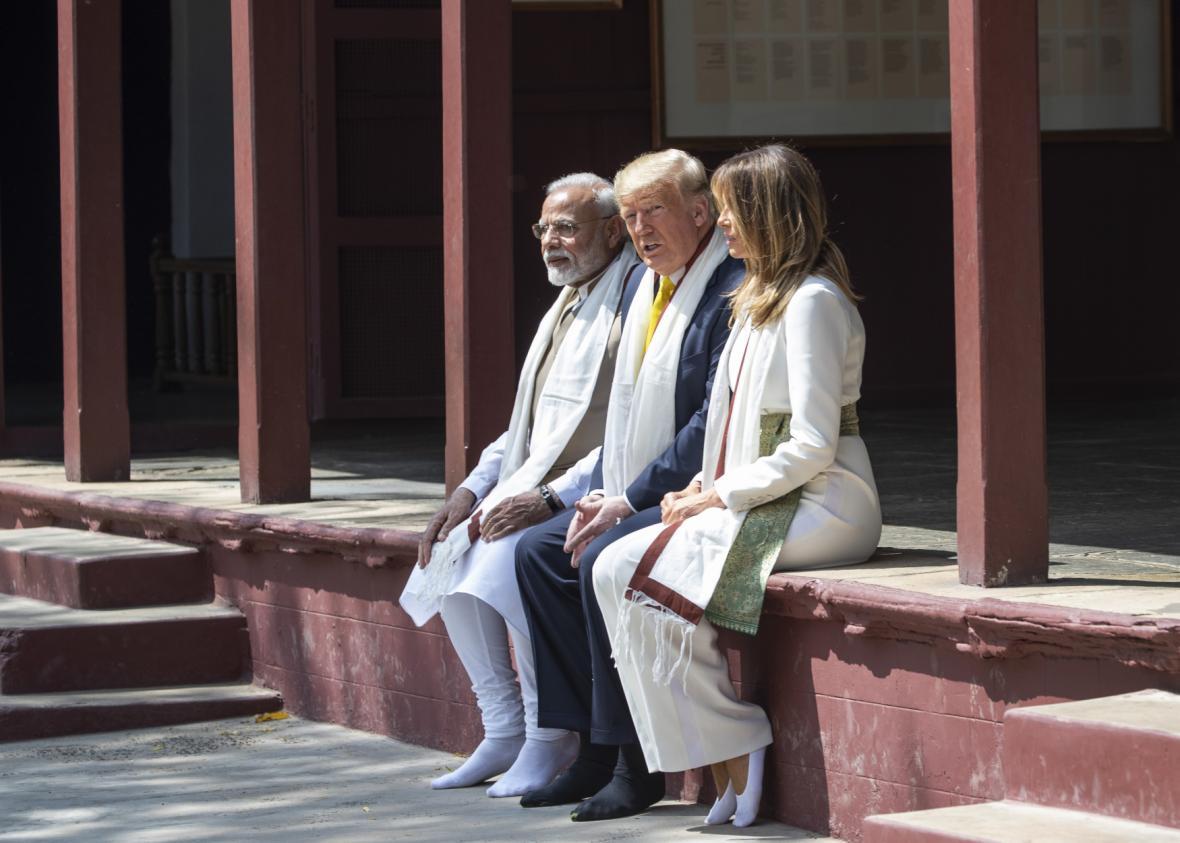 Americký prezident Donald Trump s chotí Melanií a indickým premiérem Naréndrou Módím na návštěvě Indie,