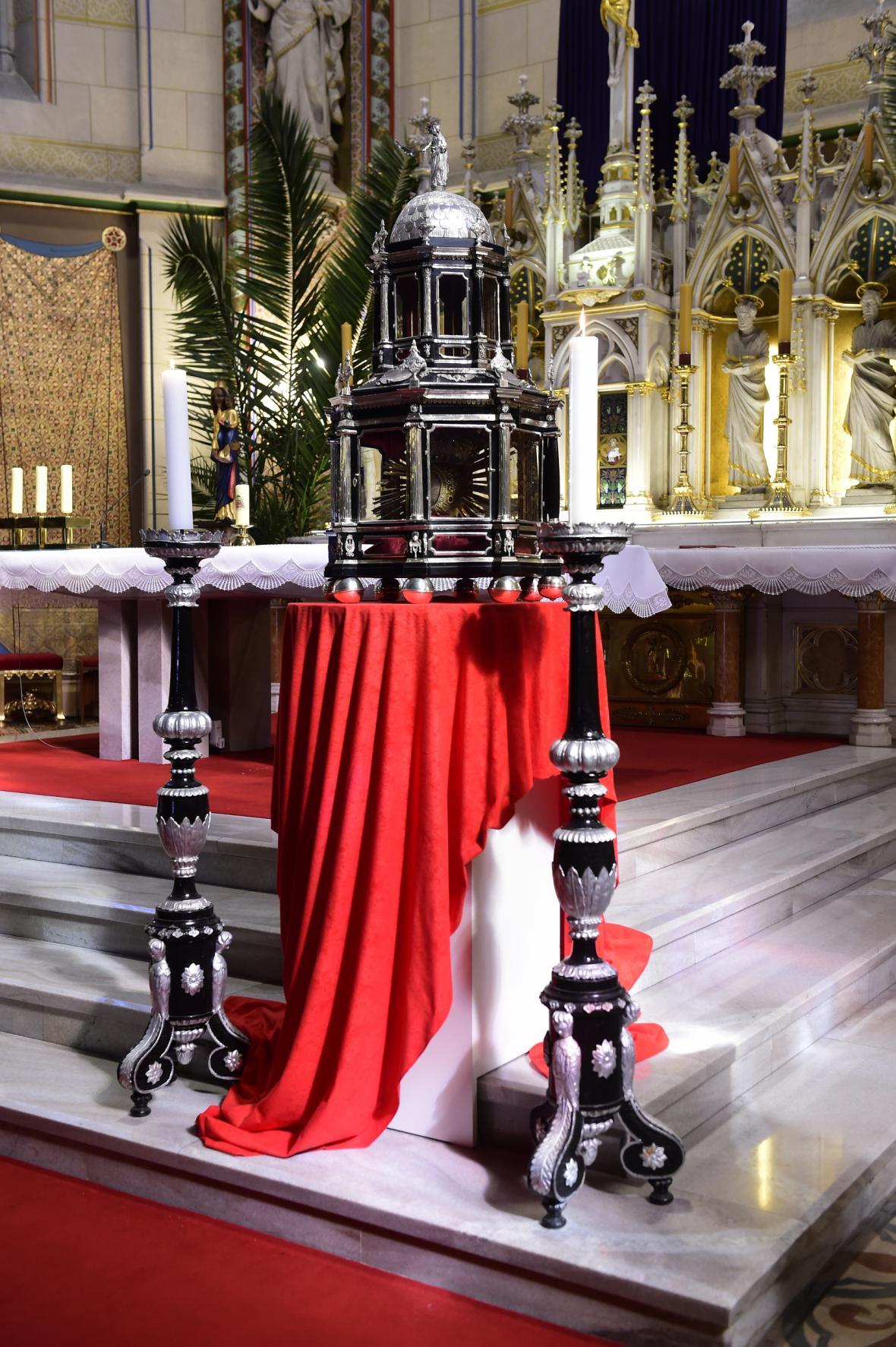 Ostatky svaté Pavlíny v olomoucké katedrále svatého Václava
