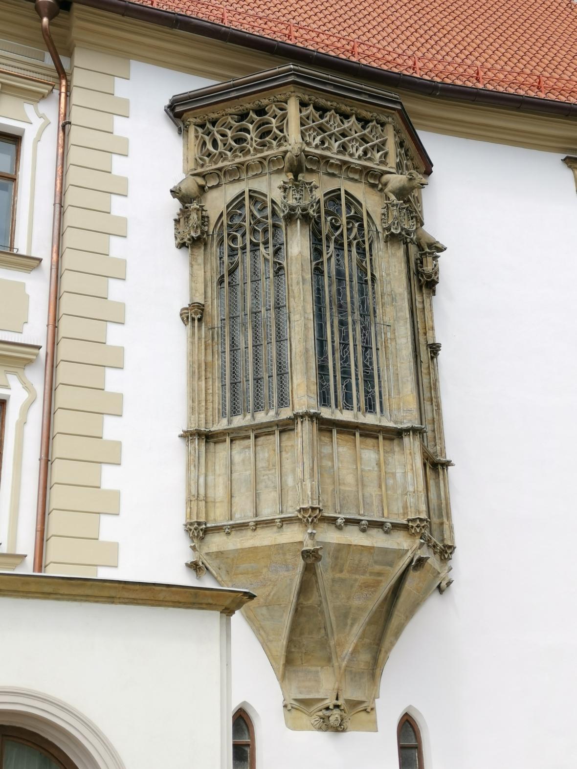 Opravený arkýř a fasáda radnice v Olomouci