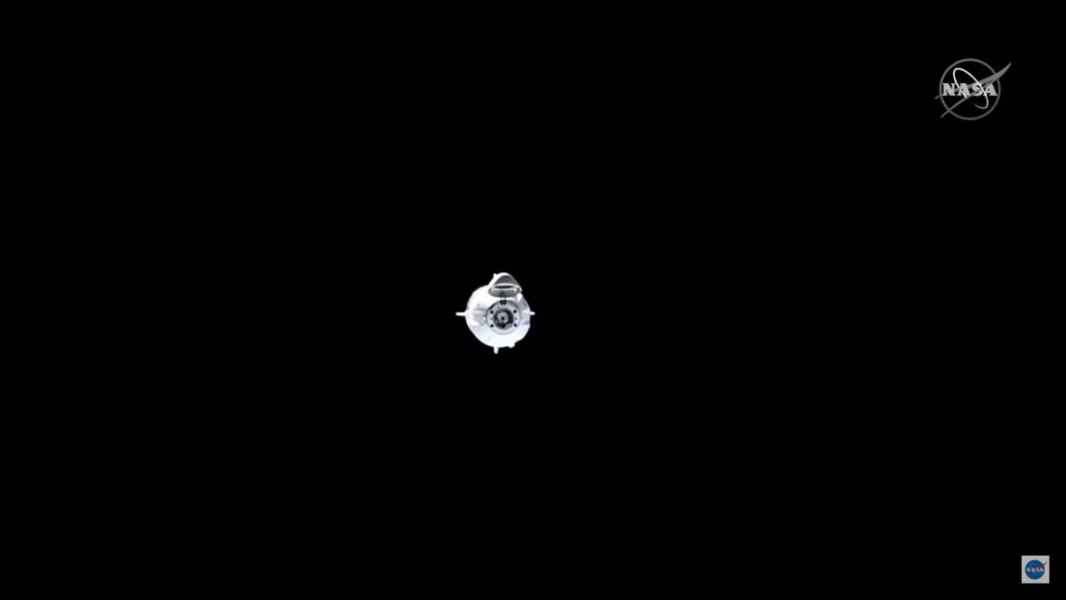 Pohled na první let Crew Dragon s lidmi z ISS