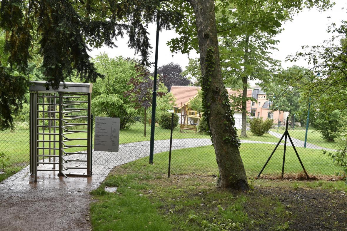 Zahrady brněnský vil se propojily