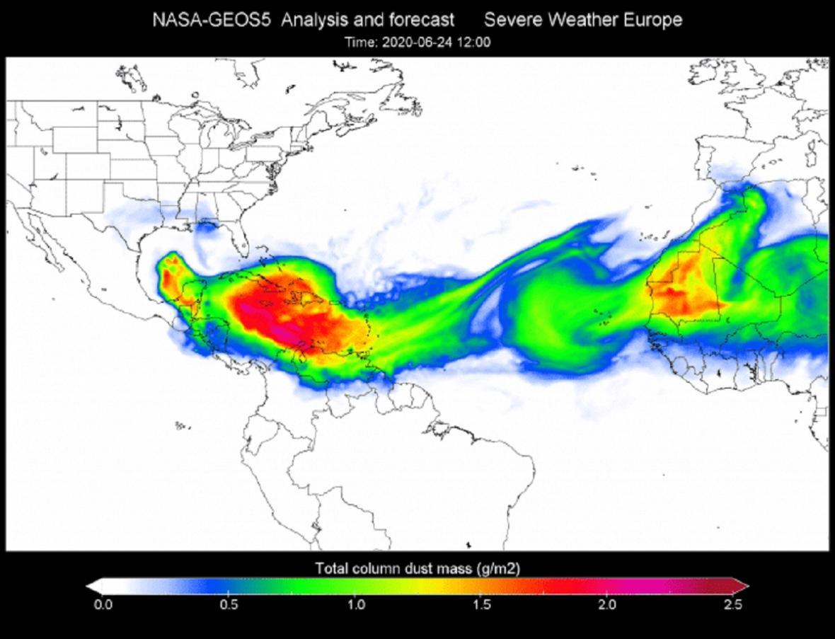 Postup saharského prachu nad Karibik