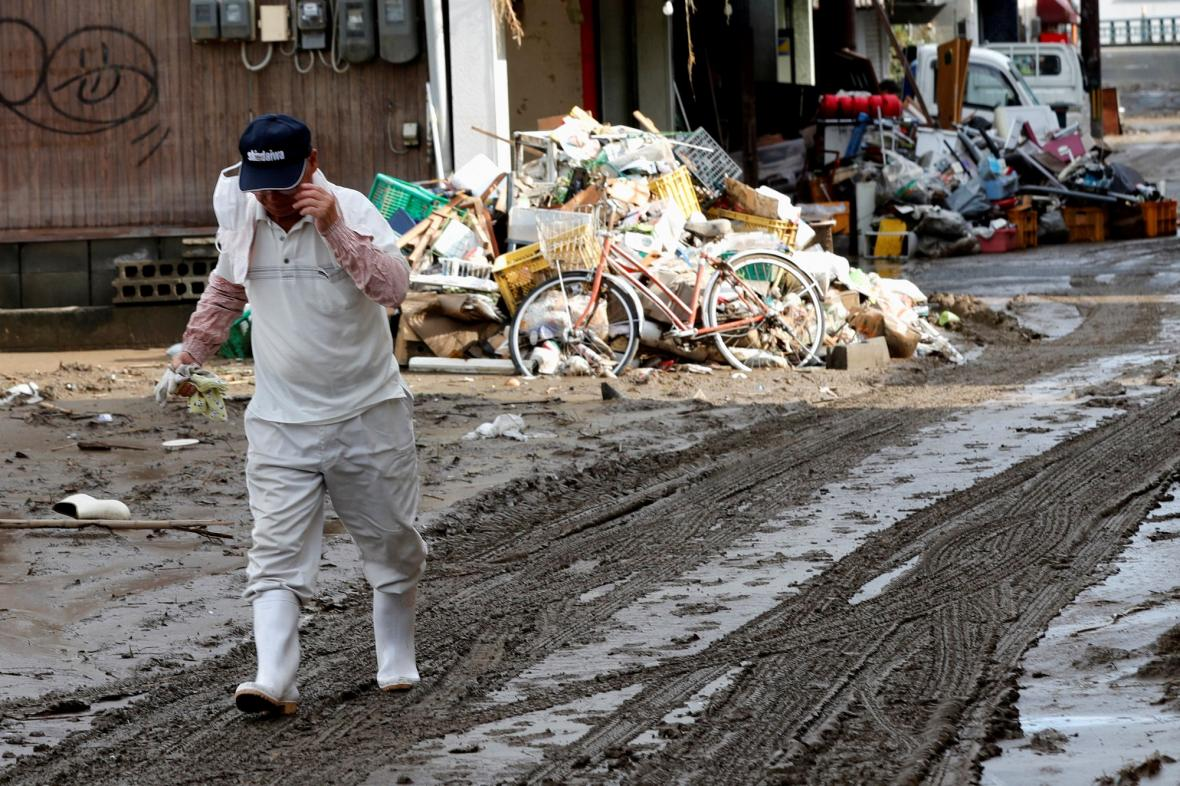 Škody po záplavách v Japonsku