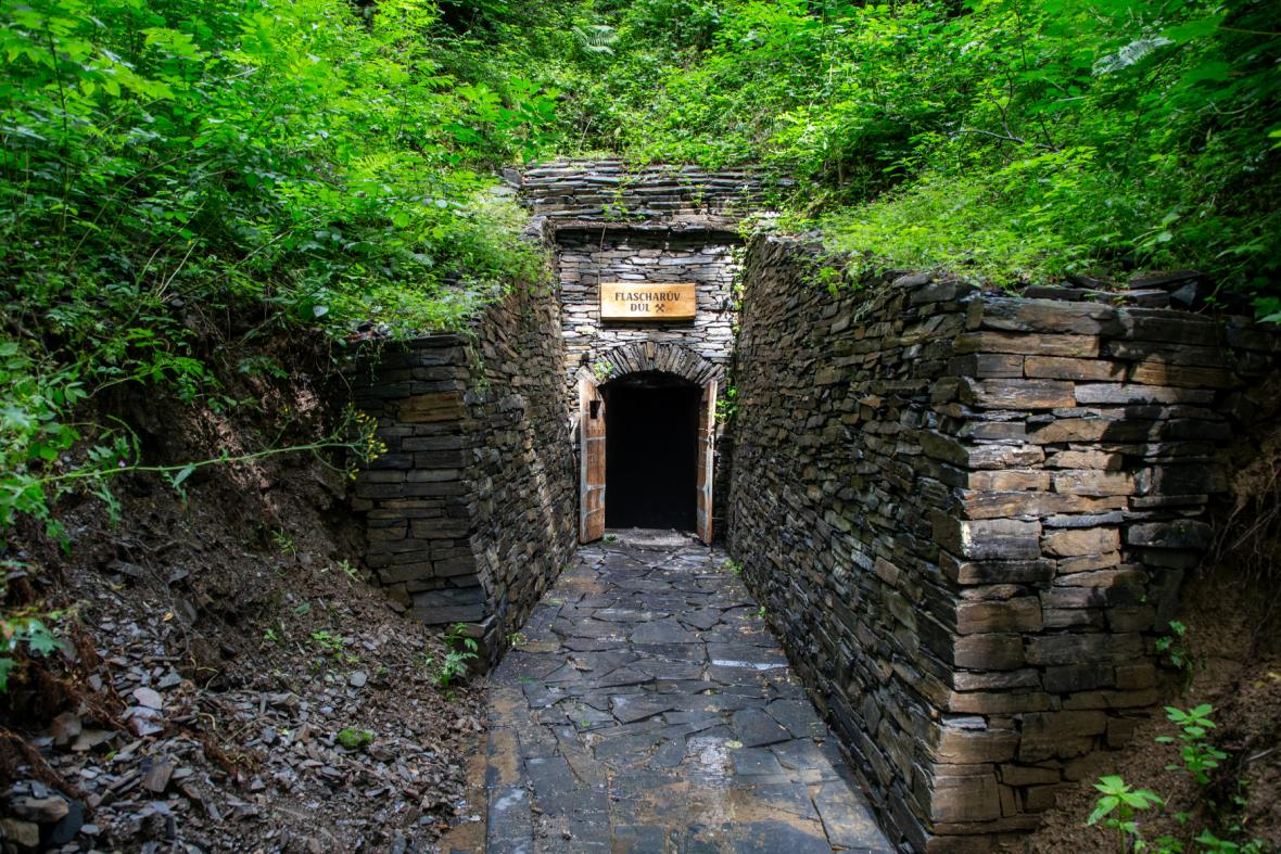 Flascharův důl