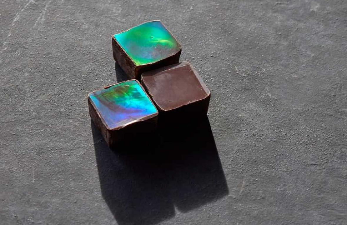 Duhová čokoláda