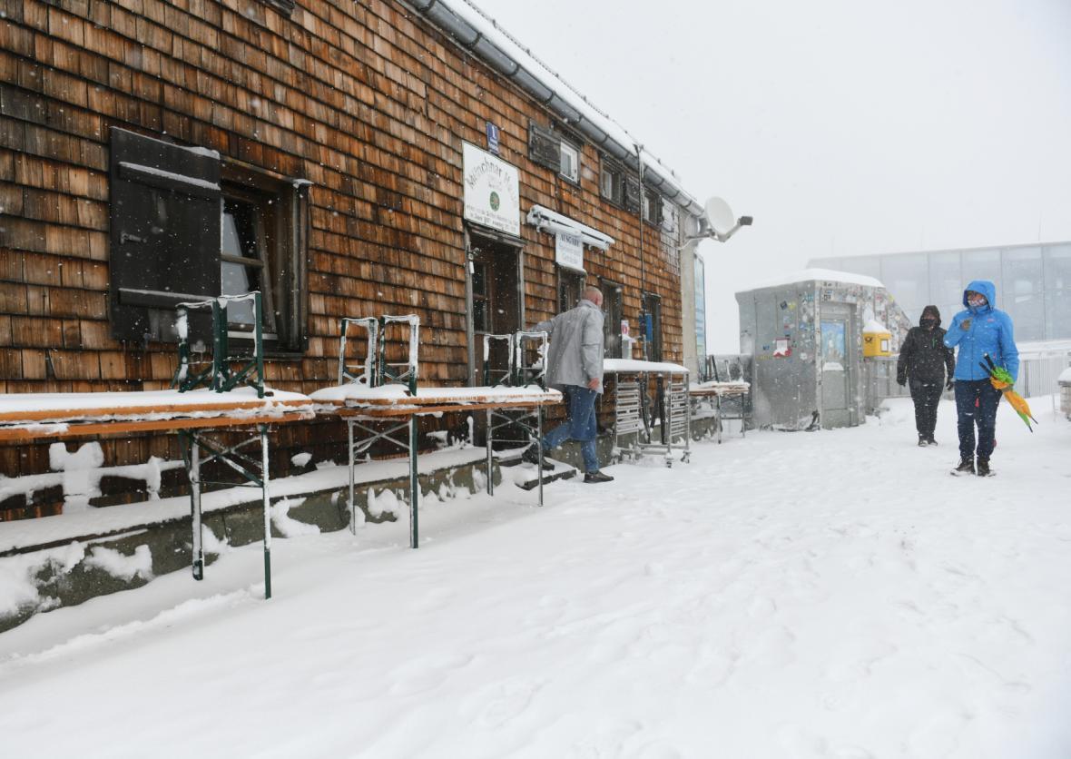 Sníh na Zugspitze