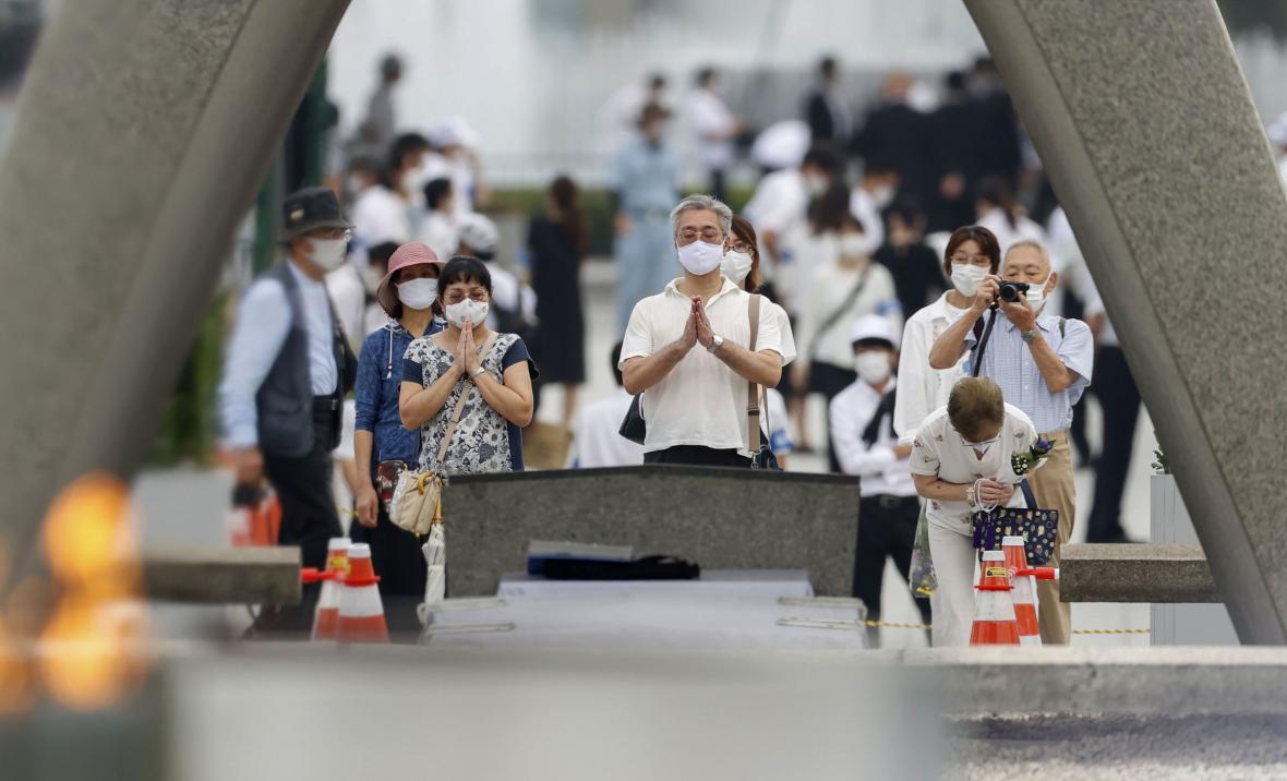 Připomínka obětí výbuchu atomové bomby v Hirošimě