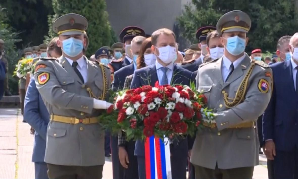 Připomínkové akce se zúčastnil i premiér Igor Matovič