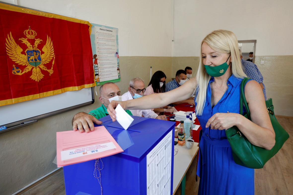 Volební místnost v hlavním městě Podgorica