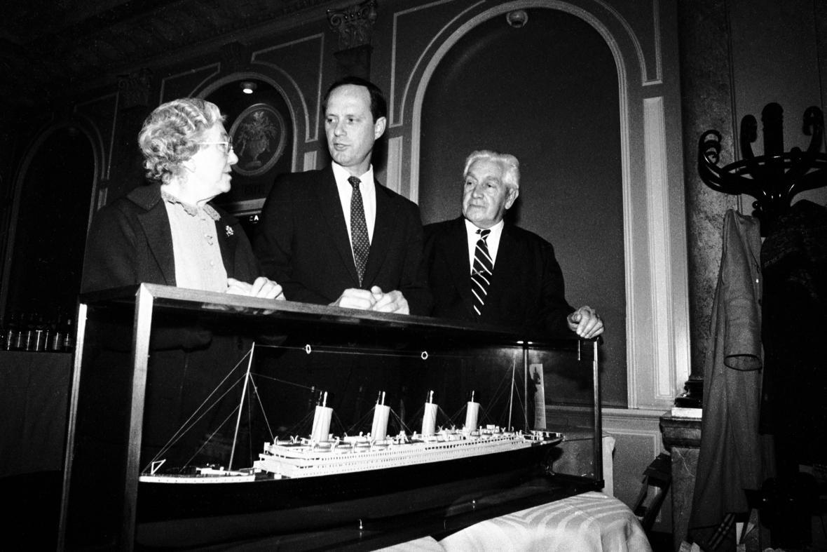 Zaoceánský parník R.M.S.Titanic: Reprodukce vraku Titaniku na mořském dně byla součástí expozice věnované legendární lodi, která byla v roce 2001 otevřena v Národním zemědělském muzeu v Praze