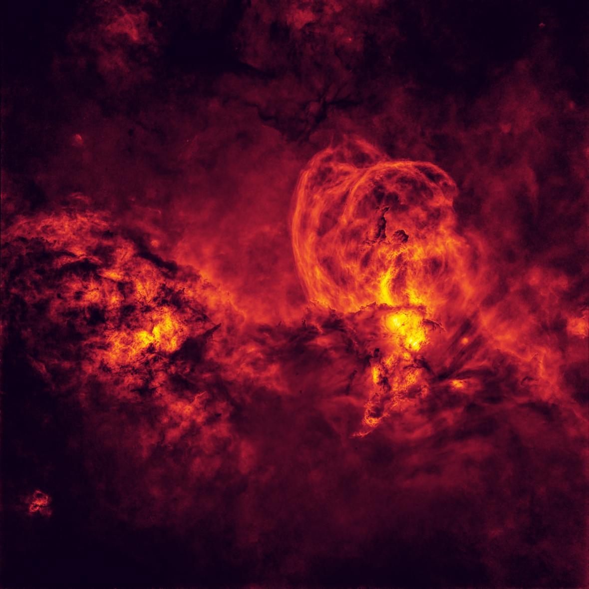 Cosmic Inferno © Peter Ward