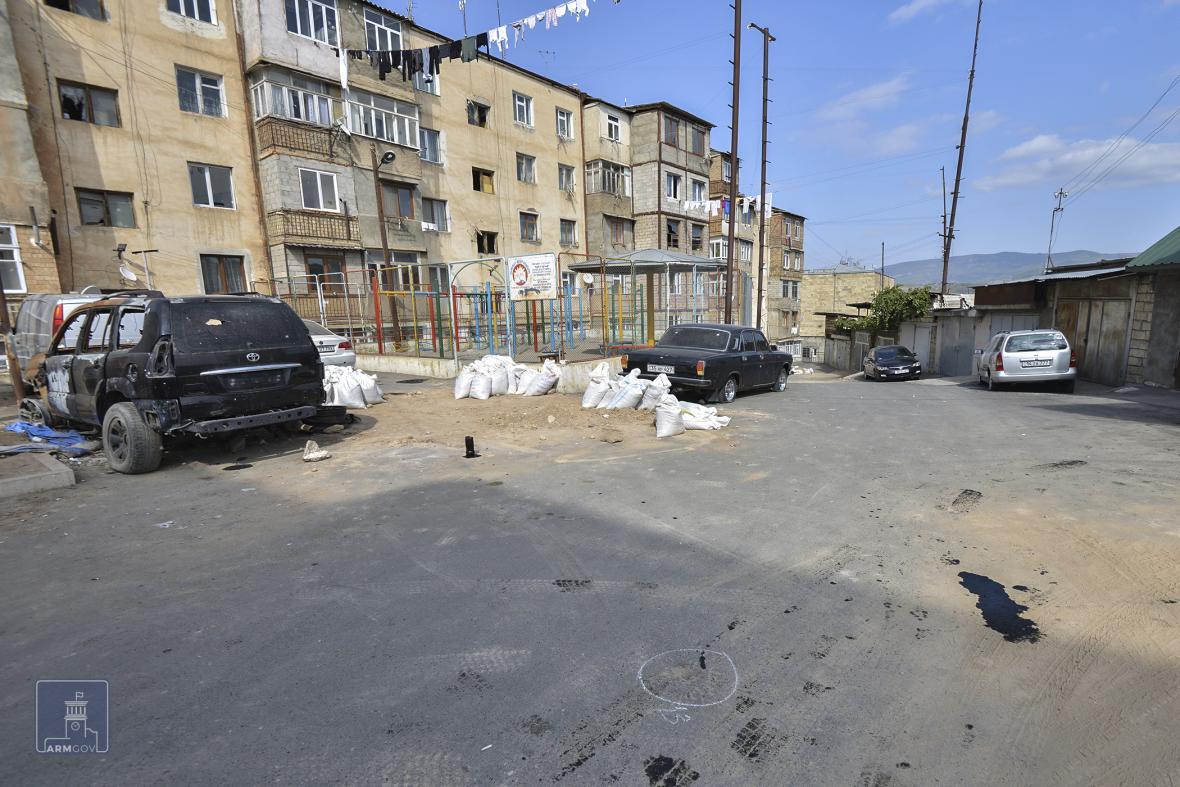 Obnovení bojů mezi arménskými a ázerbájdžánskými silami u Náhorního Karabachu