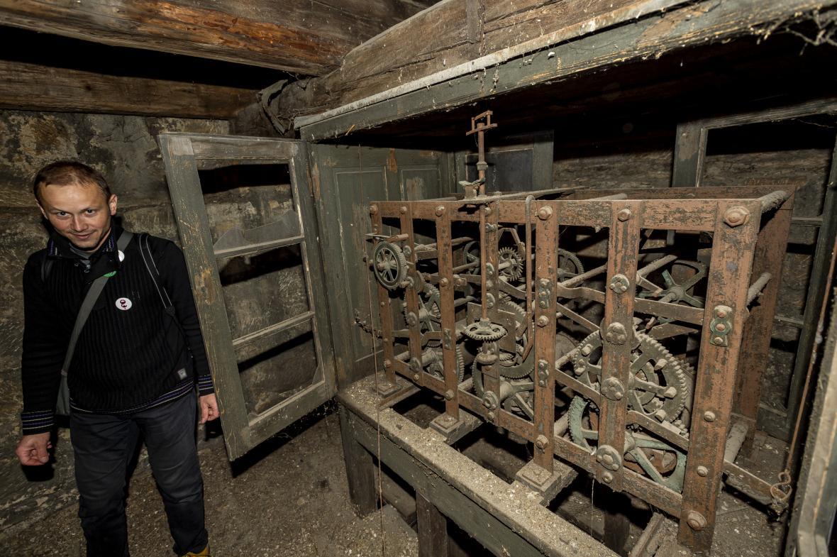 Děčínskýkostel svatého Václavaumístněný v průmyslové zóně se bude opravovat desítky let