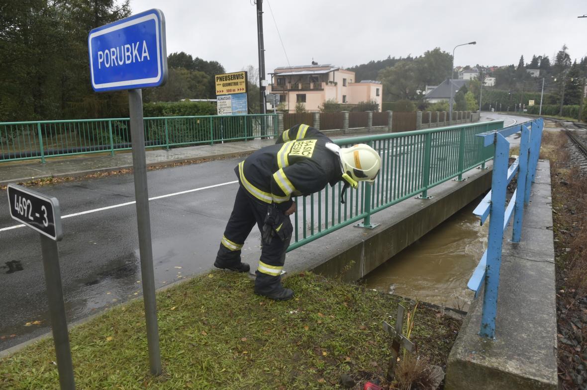 Silné deště zasáhly celé území České republiky. Na mnoha místech způsobily lidem komplikace