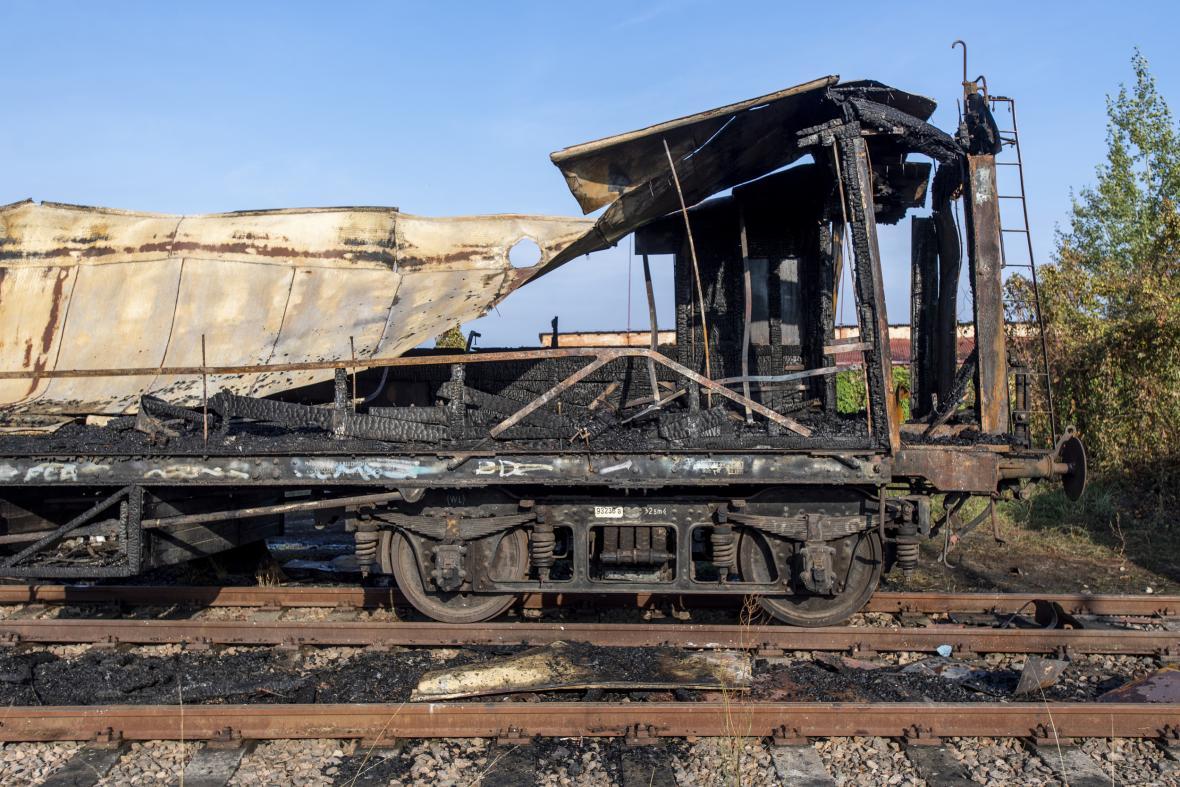 Následky požáru v Železničním muzeu Výtopna v Jaroměři