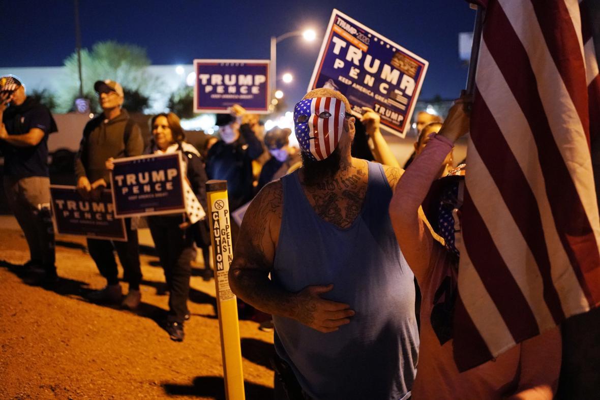Napjatá povolební atmosféra vyvolala řadu protestů po celé zemi.