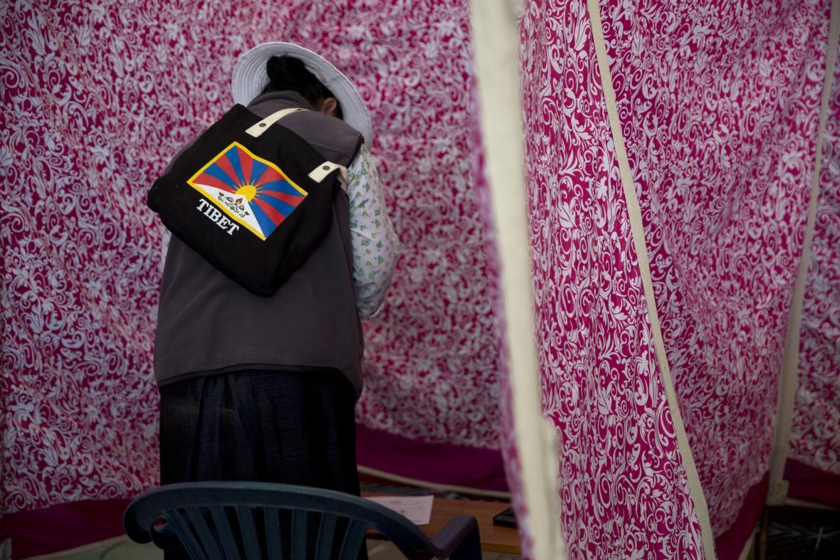 Tibeťané žijící v exilu, volí svoji vládu opět v Indii
