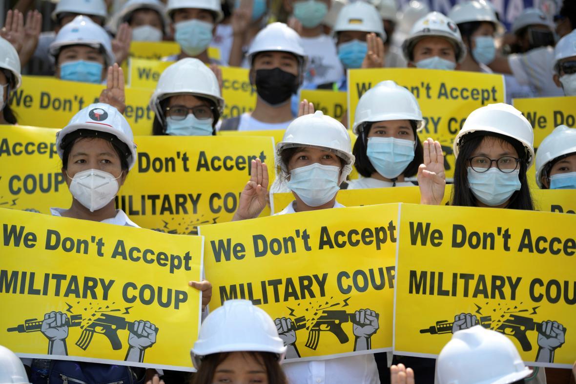 Protesty v Myanmaru