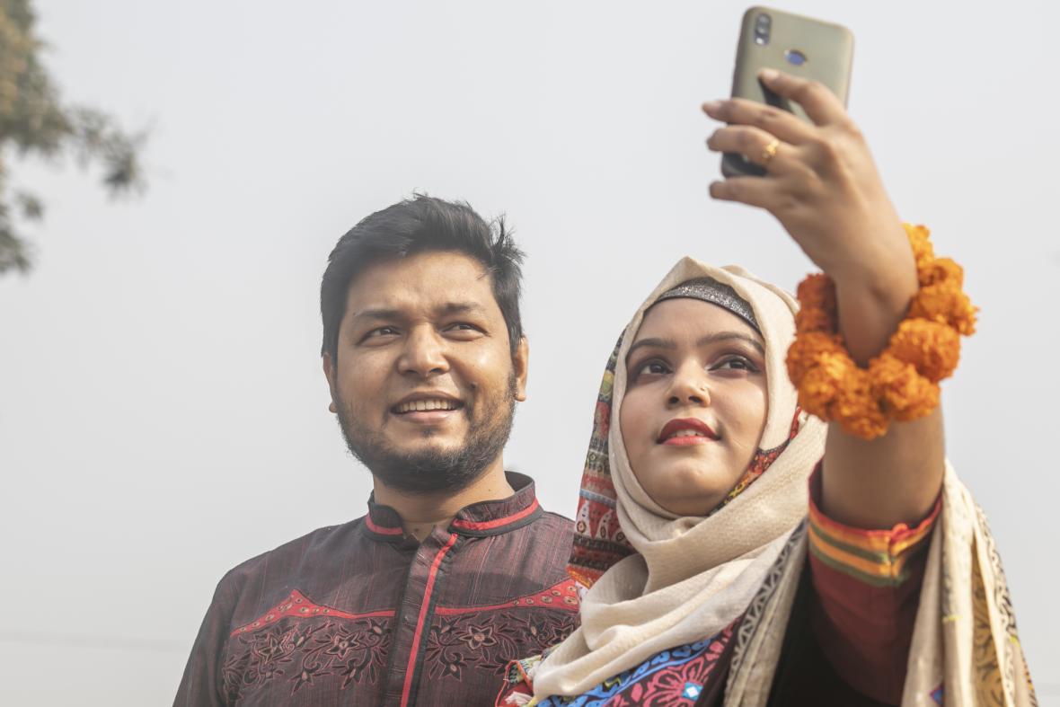 Oslavy Valentýna v Dhaka v Bangladéši