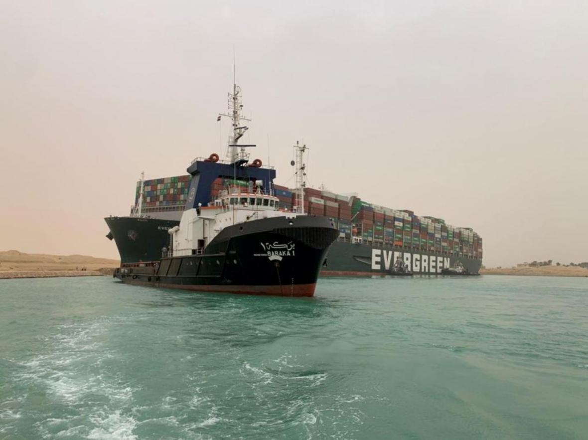 Pokus o uvolnění Suezského průplavu