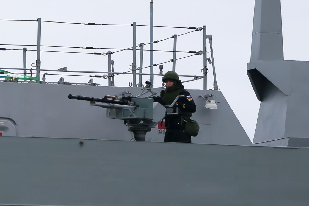 Ruské námořní cvičení v Černém moři 14. dubna 2021