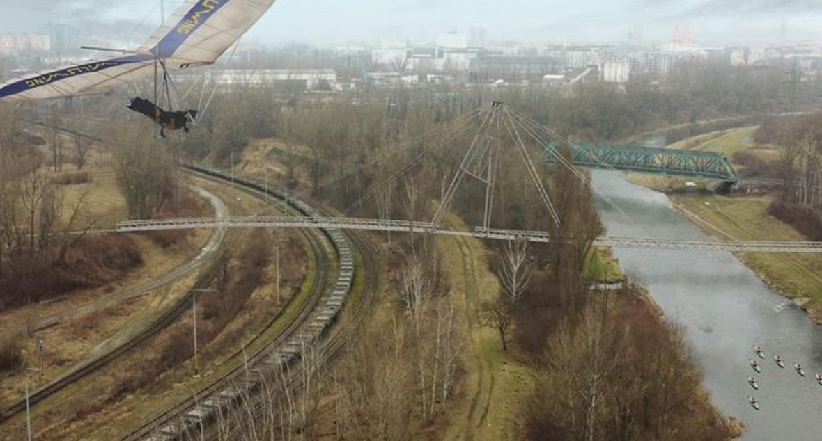 Vizualizace lávky s cyklostezkou v Dolních Vítkovicích