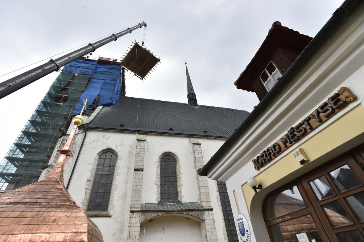 Kostel v Doubravníku dostal novou střechu