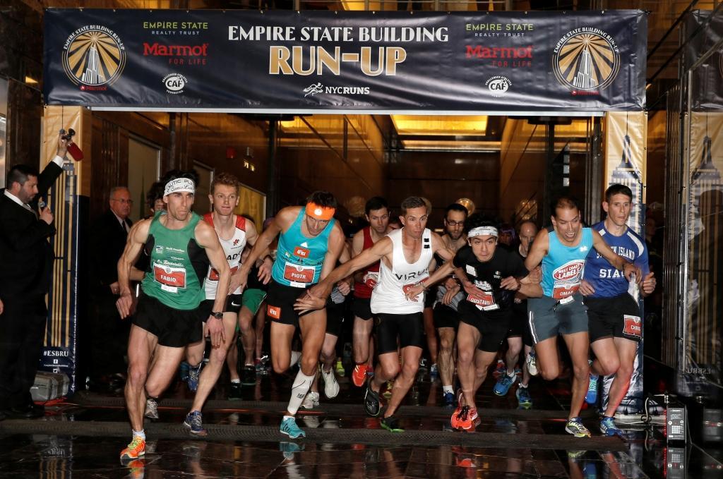 Každoročně je pořádán takzvaný Empire State Building Run-Up - běžecký závod do shodů