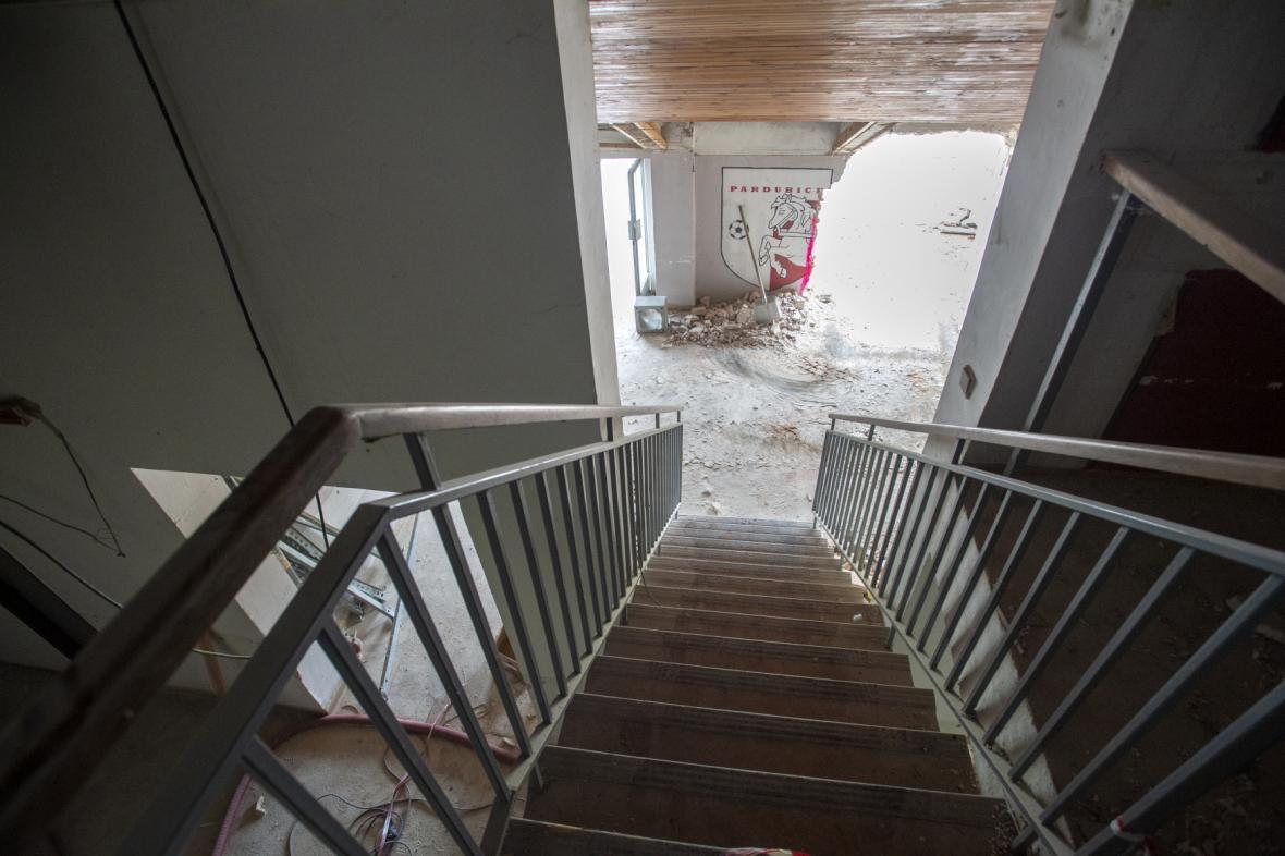 Začala rekonstrukce Letního stadionu v Pardubicích