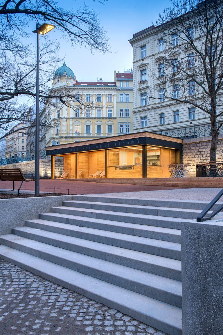 Česká komora architektů zveřejnila na nominačním večeru 6. ročníku České ceny za architekturu třicet realizovaných projektů