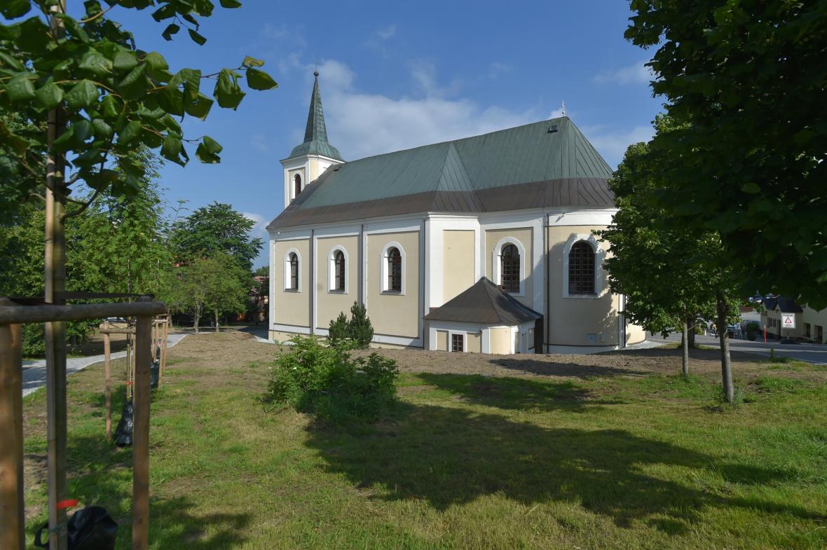 Po opravě se otevřel kostel svaté Anny na Božím Daru
