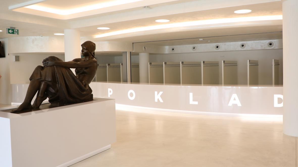 Zrekonstruovaný Dům kulturyPokladv Ostravě-Porubě se veřejnosti otevřel po devíti letech. V kulturním domě se nachází společenský, divadelní a cvičební sál a hudební klub. Je v něm i kontaktní místo pro městskou policii, učebny a salonky