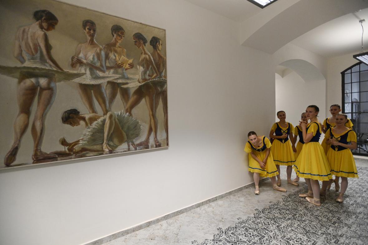Zahajovacím představením se otevřel 1. září 2021 Dům tanečního umění v areálu bývalého branického pivovaru v Praze