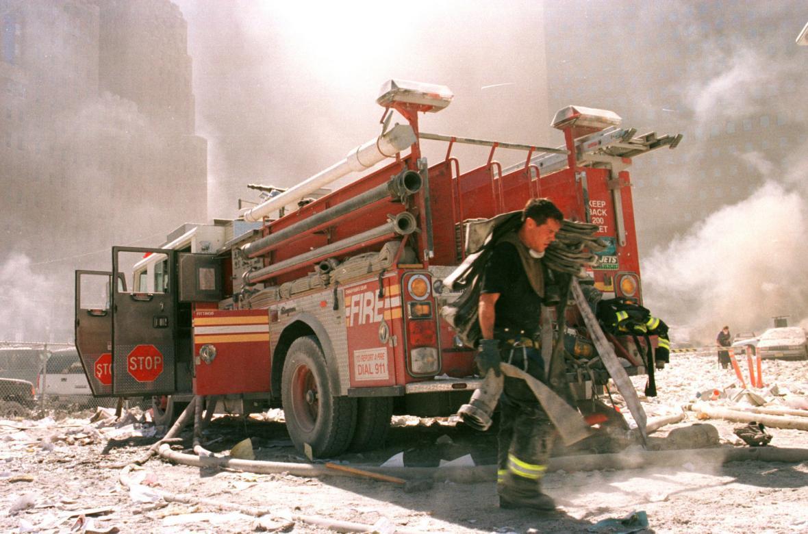 Obrazem: Uplynulo 20 let od teroristických útoků ve Spojených státech