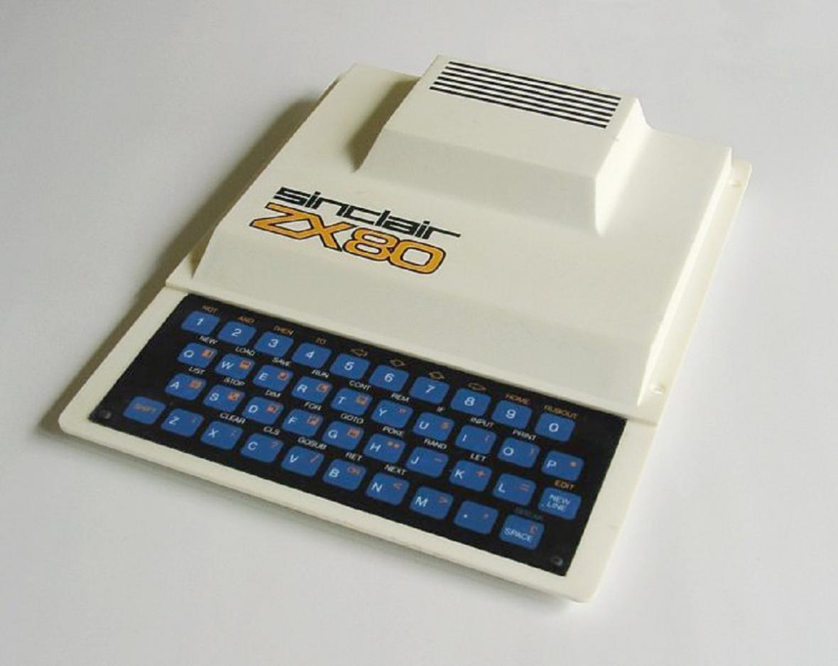Počítač Sinclair ZX80 home computer z roku 1980