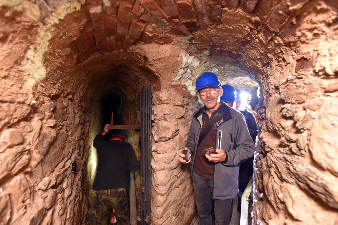 Kanonie premonstrátů uspořádala prohlídky historického podzemí kláštera v Teplé na Chebsku