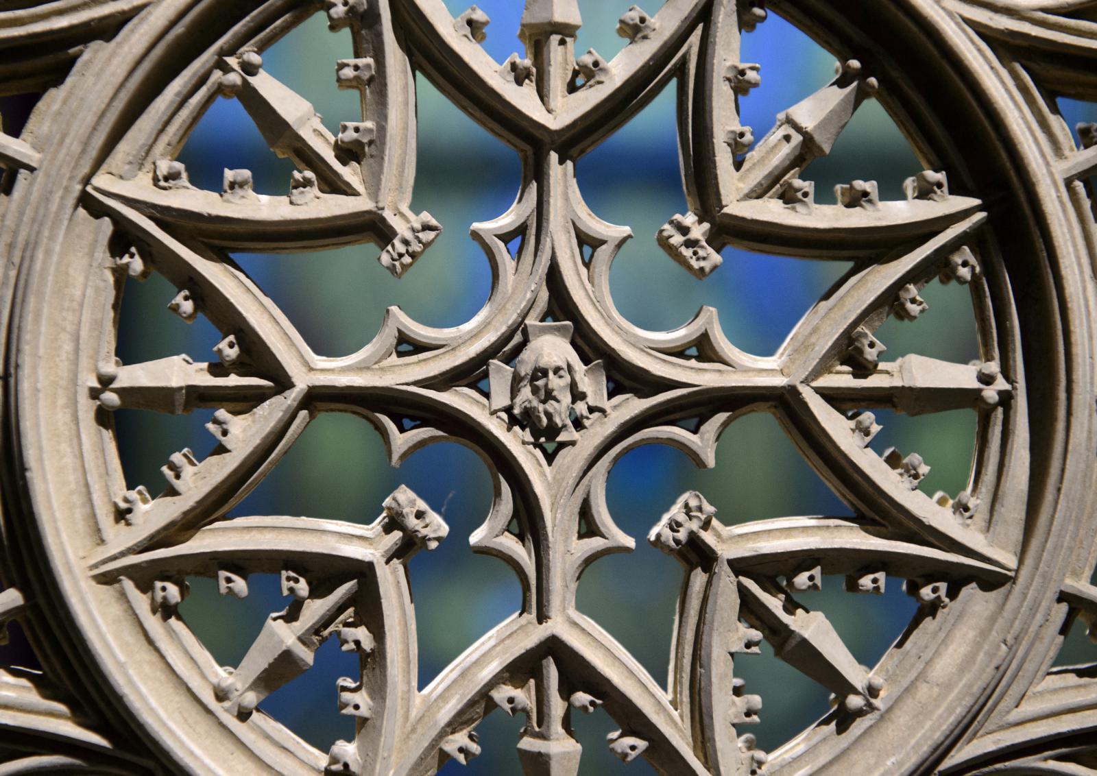 Architecture Week  - Rozeta katedrály sv. Víta